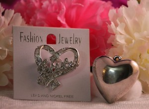 Jesus Broach Pin and Heart Pendant for Thrifty Thrifty Thursday's March2014